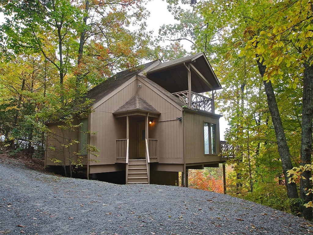 A Pinnacle View - 2 bedroom cabin in gatlinburg tn from mountain laurel chalets