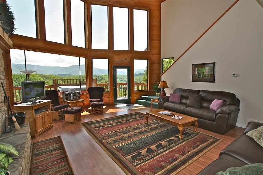viewtopia a 2 bedroom cabin in gatlinburg tennessee mountain