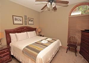Autumn Rest - King  w/Handicap accessible bath - Downstairs-Descriptive