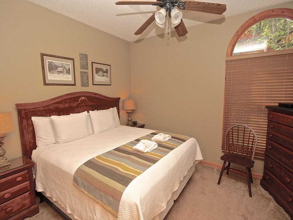 Autumn Rest - King  w/Handicap accessible bath - Downstairs-Original