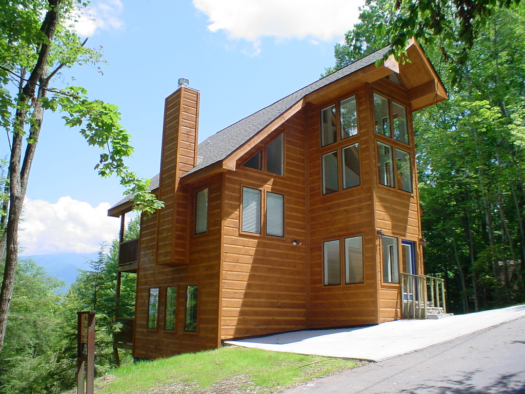 Early dawn a 2 bedroom cabin in gatlinburg tennessee for Tennessee cabins gatlinburg