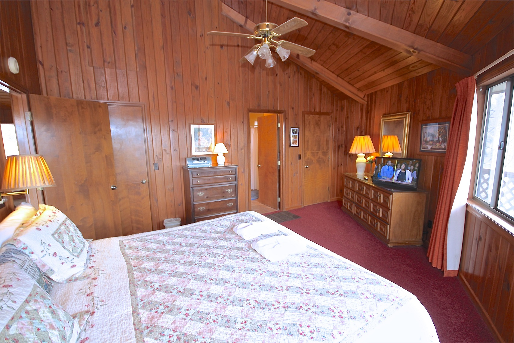 fascination a 3 bedroom cabin in gatlinburg tennessee mountain