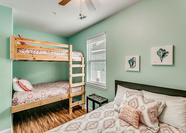 queen size bed and bunk bed - full over full private bathroom