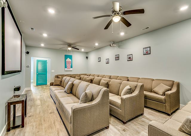 theater room with plenty of sitting