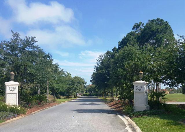 Entrance to Villa Lago