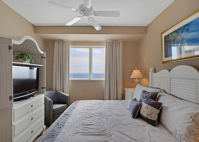 Guest bedroom with views!