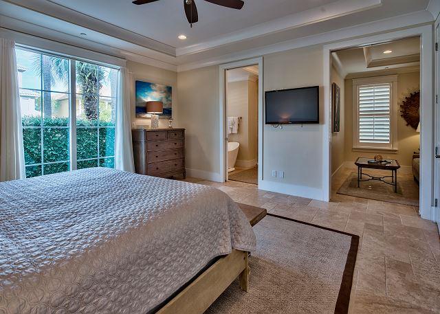 Ground Floor Master Suite!