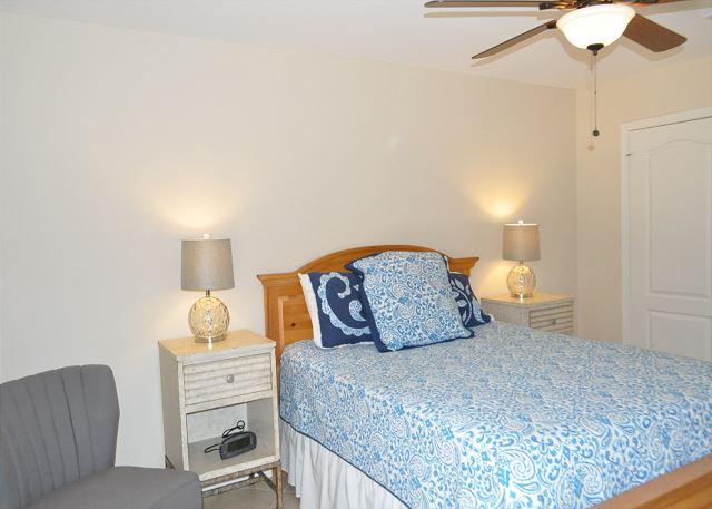 Ground floor queen guest bedroom