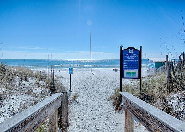 Crystal Beach- One Block from Pier Destin-Y!!