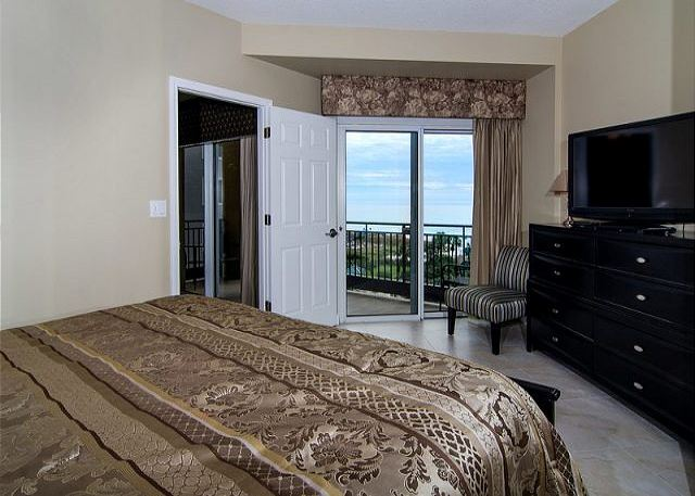 Gorgeous Gulf Views from the bed!