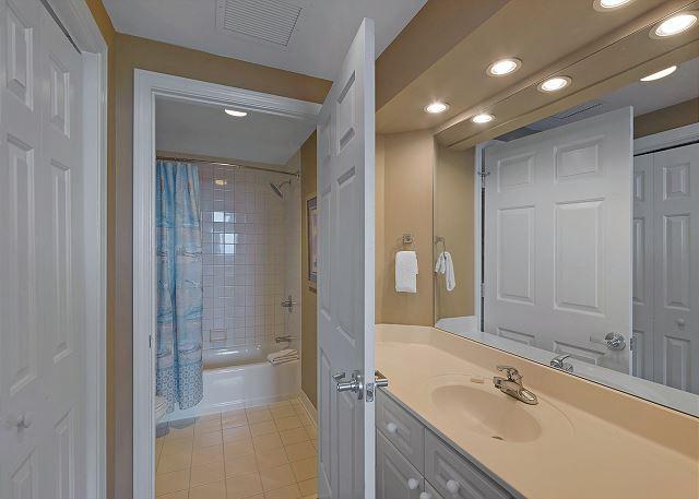 Guest Bathroom!