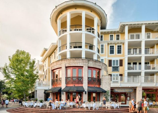 Marlin Grill & Market Street Views