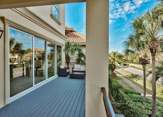 Second Floor Outdoor Patio!