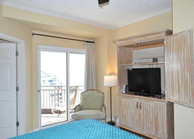 Master Bedroom TV & Balcony Access