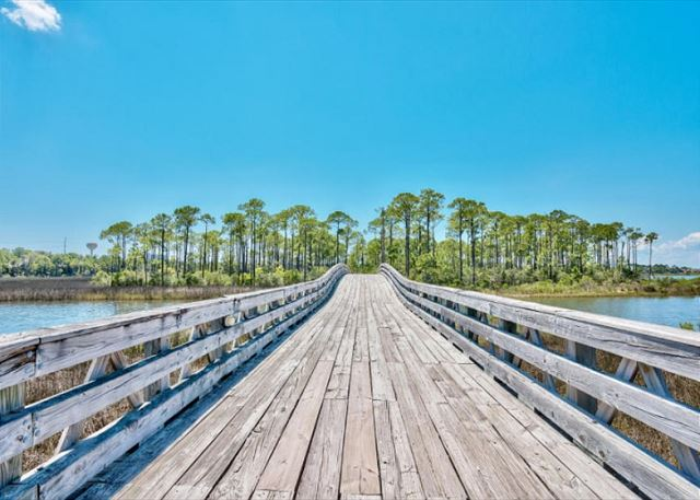 Boardwalk to the Choctawhatchee Bay
