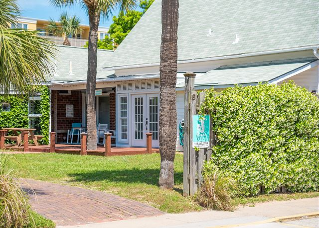 Welcome to Beach Haven Cottage! Just steps to the 17th St. beach, you're going to love the convenience, location and serenity!   ****Click on the Media Tab for this property to view a great interactive floor plan and photo file!****
