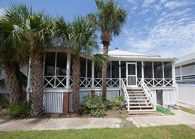 Welcome to Eisenhower's Retreat!  All new decor August 2018!  You will fall in love with this wonderful beach cottage all over again!  ****Click on the Media Tab for this property to view a great interactive floor plan and photo file!****
