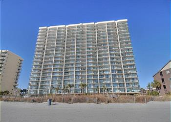 Ashworth 104 - Oceanfront-Ocean Drive Section, a Vacation Rental in Myrtle Beach