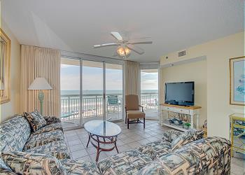 Crescent Shores N - 304 - Ocean Front-Crescent Beach Section, a Vacation Rental in Myrtle Beach