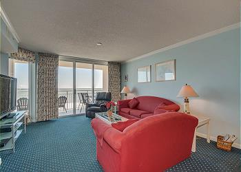 South Shore Villas 705 - Oceanfront - Crescent Beach Section, a Vacation Rental in Myrtle Beach