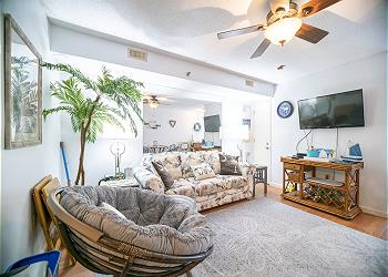San-A-Bel 307 - Oceanfront - Crescent Beach Section, a Vacation Rental in Myrtle Beach