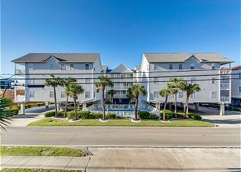 Ocean Pointe B5 - 2nd Row - Cherry Grove Section, a Vacation Rental in Myrtle Beach