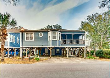 Arbor House #23 - Shore Drive Section, a Vacation Rental in Myrtle Beach