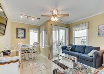A Place At The Beach 505 - Oceanfront - Windy Hill Section, a Vacation Rental in Myrtle Beach