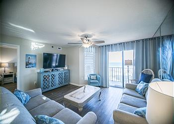 Beach Club I 1F - Oceanfront - Windy Hill Section, a Vacation Rental in Myrtle Beach