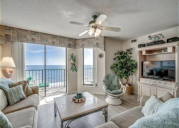 Beach Club I 8E - Oceanfront - Windy Hill Section, a Vacation Rental in Myrtle Beach