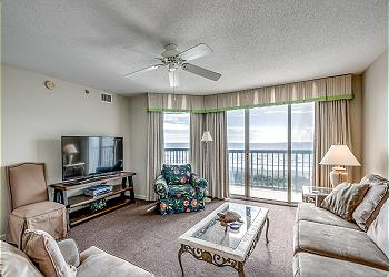Emerald Cove I 3C - Oceanfront - Windy Hill Section, a Vacation Rental in Myrtle Beach