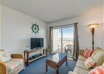 Ocean Pier I 108 - Ocean Front - Windy Hill Section, a Vacation Rental in Myrtle Beach