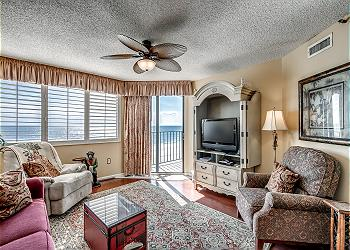 Spinnaker 503 Oceanfront - Windy Hill Section, a Vacation Rental in Myrtle Beach