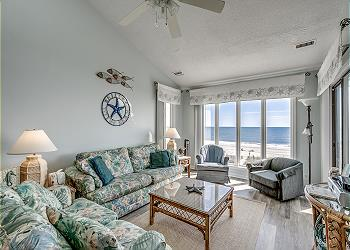 Tradewinds 3A - Oceanfront - Windy Hill Section, a Vacation Rental in Myrtle Beach