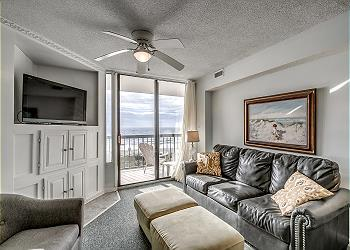 Waterpointe II 405 - Oceanfront - Windy Hill Section, a Vacation Rental in Myrtle Beach