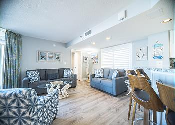 SeaWatch Resort 808 Ocean Front-Shore Drive Section, a Vacation Rental in Myrtle Beach