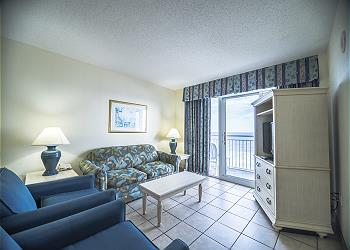 Bay Watch Resort M. 837 -Oceanfront-Crescent Beach Section, a Vacation Rental in Myrtle Beach