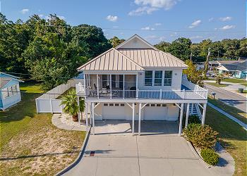 Glorious Wave 3300 - 3rd Row - Windy Hill Section, a Vacation Rental in Myrtle Beach