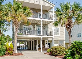 Hook, Wine & Sinker - 3rd Row - Crescent Beach Section, a Vacation Rental in Myrtle Beach