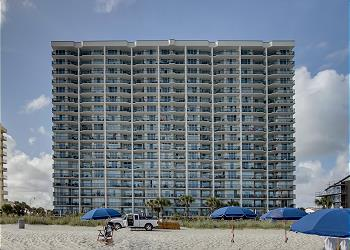 Ashworth 908 - Ocean Front-Ocean Drive Section, a Vacation Rental in Myrtle Beach