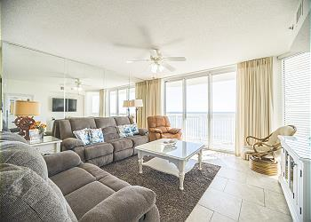 Crescent Shores N - 1001 - Oceanfront-Crescent Beach Section, a Vacation Rental in Myrtle Beach