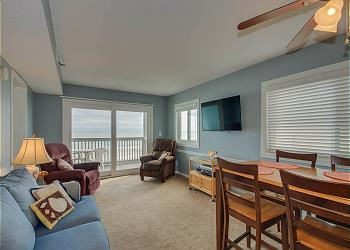 Xanadu I E3 -Oceanfront -Crescent Beach Section, a Vacation Rental in Myrtle Beach