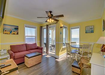 A Place At The Beach 311 - Ocean View - Windy Hill Section, a Vacation Rental in Myrtle Beach