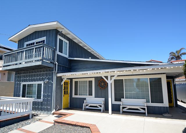 Enjoy the beach and surf lifestyle of Neptune Ave, Encinitas