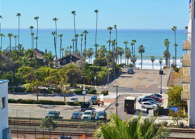 Oceanside, California ID#215912
