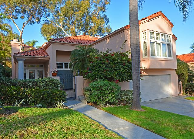 Del Mar Executive Caliber Home  - Close to Del Mar Beaches!
