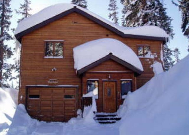 Mammoth All Seasons Rental - Walk to Village & Slopes