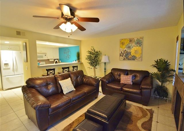 Carlsbad Condominium - Close to Beaches & Village!