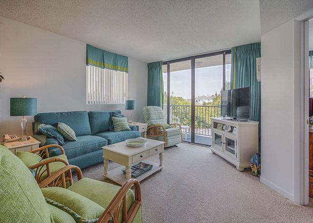 Sands Villa 109 | A beautiful oceanfront complex with indoor & outdoor pool. Walkway to Beach!