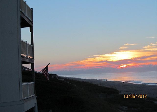Colony By The Sea 220 Newly Updated Condo in Indian Beach with Ocean Views!